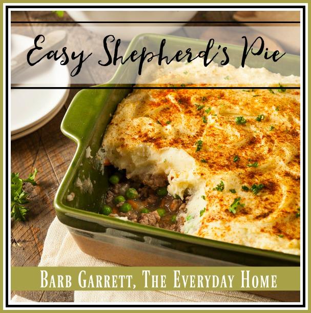 Easy Shepherd's Pie Recipe | The Everyday Home | www.everydayhomeblog.com