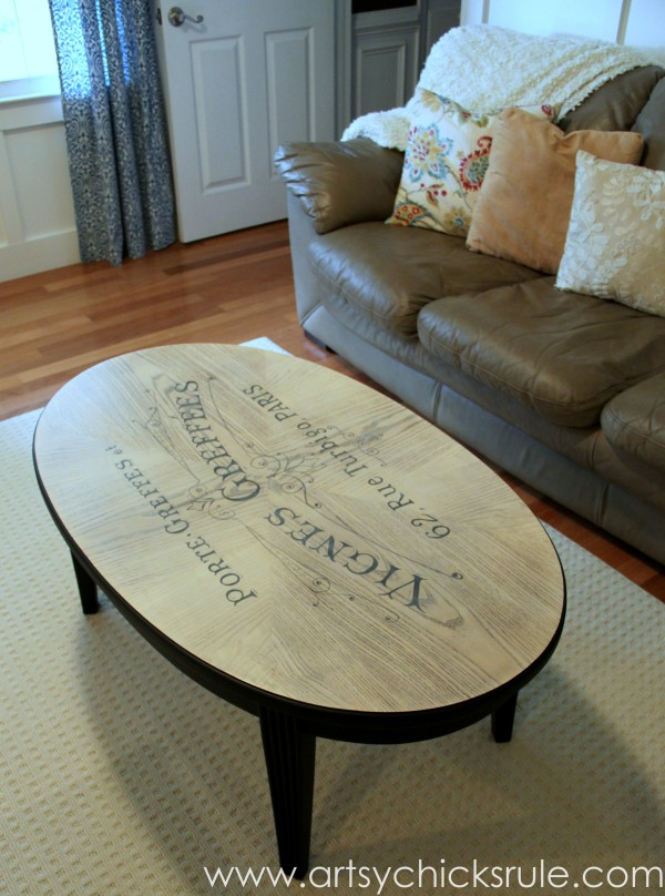 Beautiful 15 Beautifully Painted Coffee Tables | The Everyday Home |  Www.everydayhomeblog.com