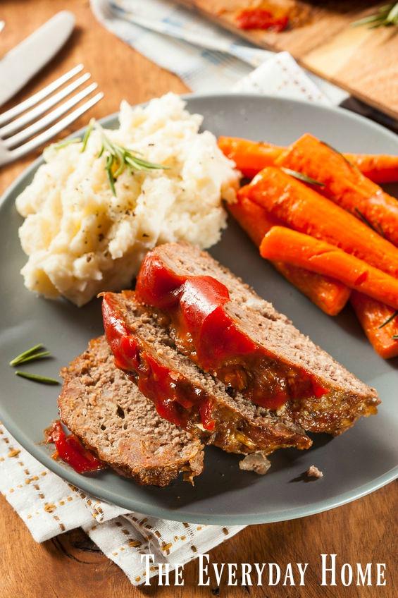 Mama's Homemade Meatloaf Recipe | The Everyday Home | www.everydayhomeblog.com