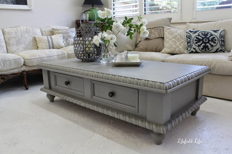 15 Beautifully Painted Coffee Tables The Everyday Home Www Everydayhomeblog