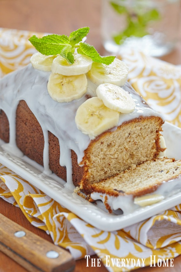 The Perfect Banana Bread Recipe Every Time | The Everyday Home | www.everydayhomeblog.com