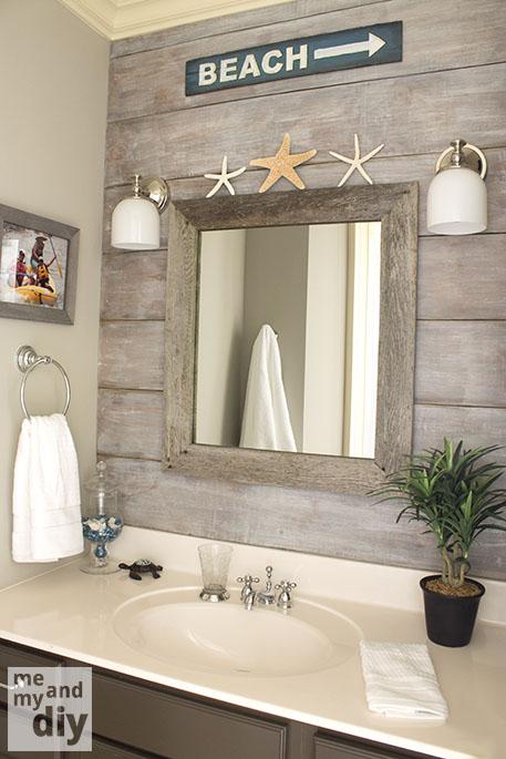 10 Ways to Add Shiplap to Your Farmhouse Bathroom | The Everyday Home | www.everydayhomeblog.com