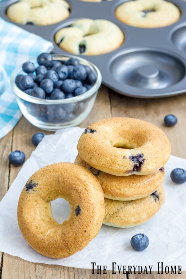 Easy Baked Blueberry Doughnuts with Lemon Glaze | The Everyday Home | www.everydayhomeblog.com