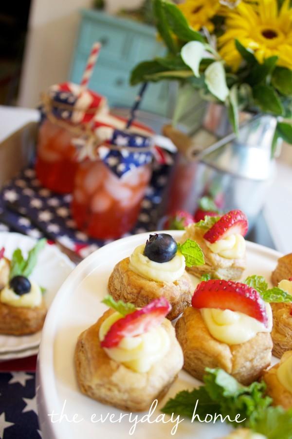Easy Fruit Cheesecake Bites || The Everyday Home || www.everydayhomeblog.com