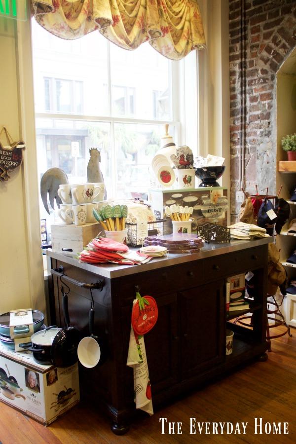 Historic Savannah Georgia with Paula Deen | The Everyday Home | www.everydayhomeblog.com