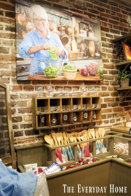 Our Savannah Tour with Paula Deen