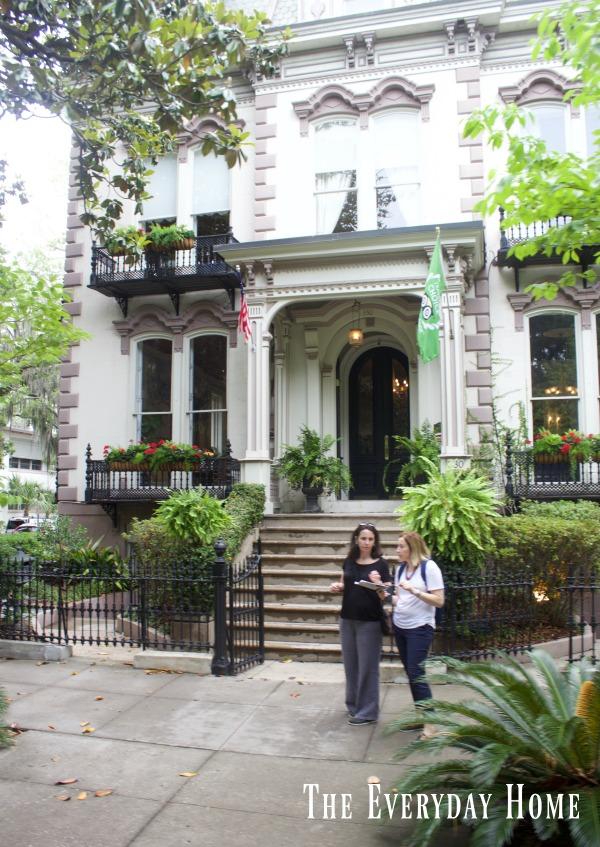 Tour Historic Savannah Georgia -Part 1 || The Everyday Home || www.everydayhomeblog.com