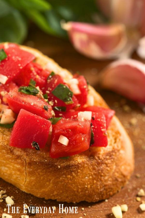 Recipe for the BEST Roasted Garlic Bruschetta | The Everyday Home | www.everydayhomeblog.com