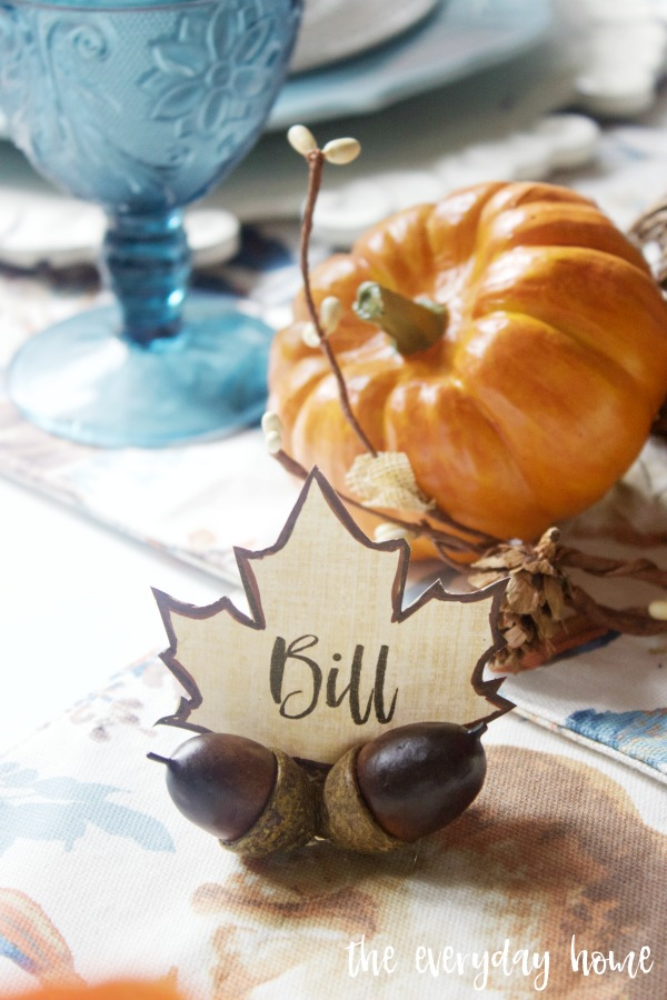 Easy DIY Fall Acorn Place Card Holders | The Everyday Home