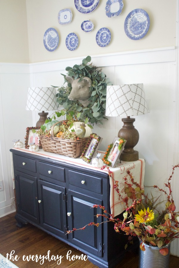 A Farmhouse Breakfast Room for Fall | The Everyday Home
