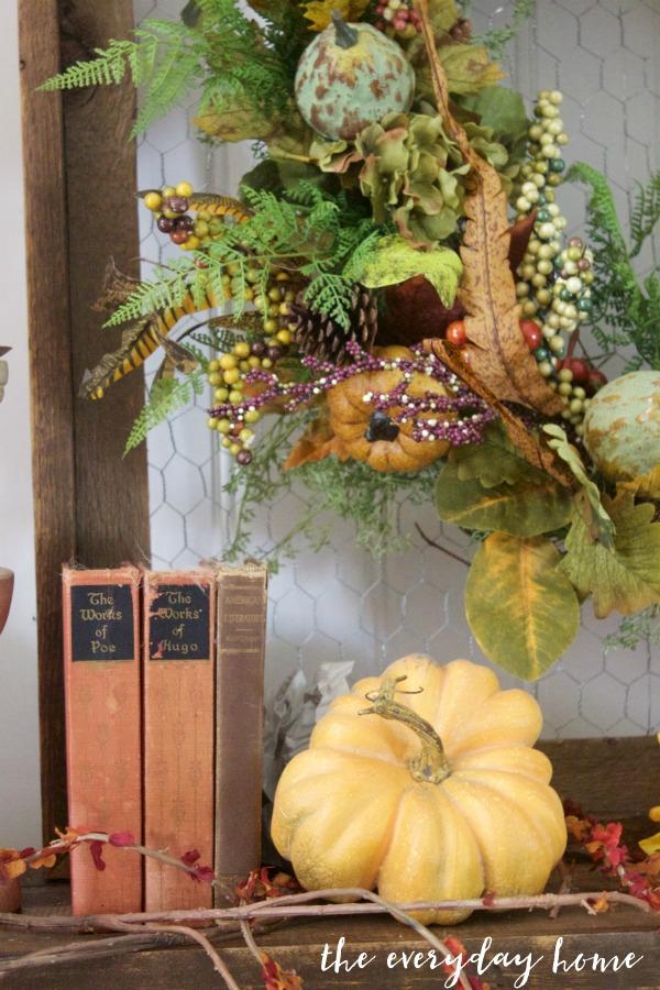 A Farmhouse Fall Mantel | The Everyday Home | www.everydayhomeblog.com