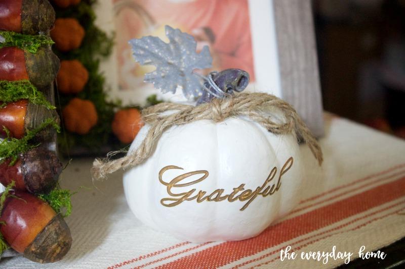 Mini Grateful Pumpkin | The Everyday Home