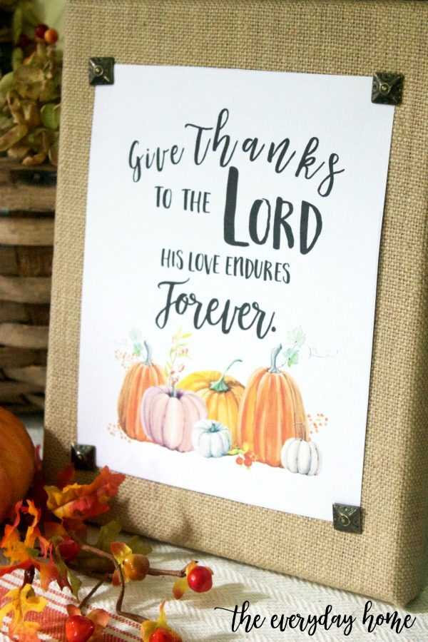 How to Make a DIY Burlap Sign for Fall | The Everyday Home