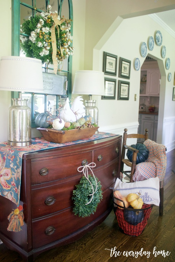 Foyer Dressed for Fall | The Everyday Home