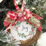 Easy DIY Wreath Ornament
