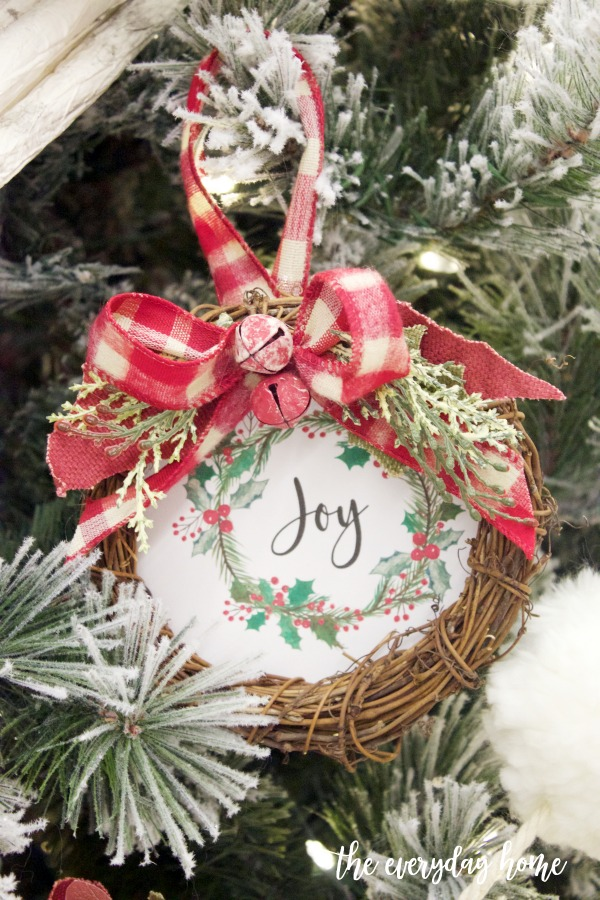 Mini Joy Wreath Christmas Ornament (Free Printable) | The Everyday Home