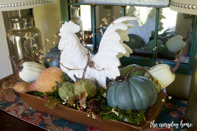 White Rooster Vignette for Fall | The Everyday Home