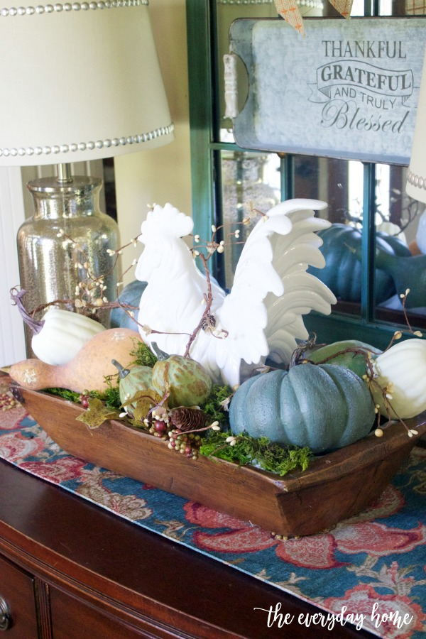 A Farmhouse Fall Vignette | The Everyday Home