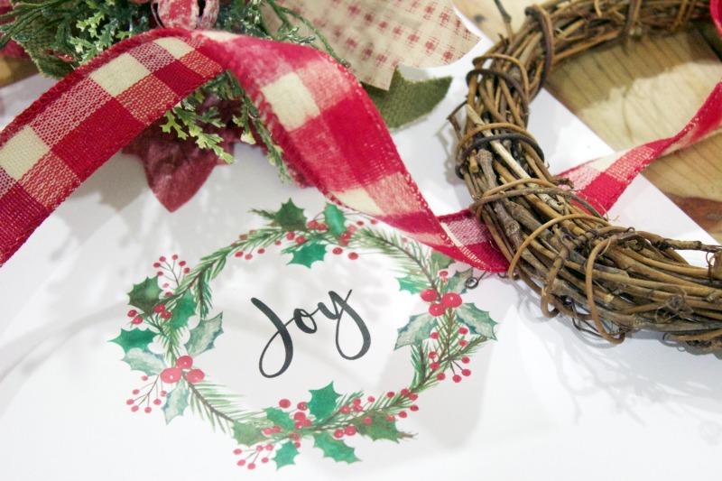 Easy DIY Wreath Ornament - The Everyday Home