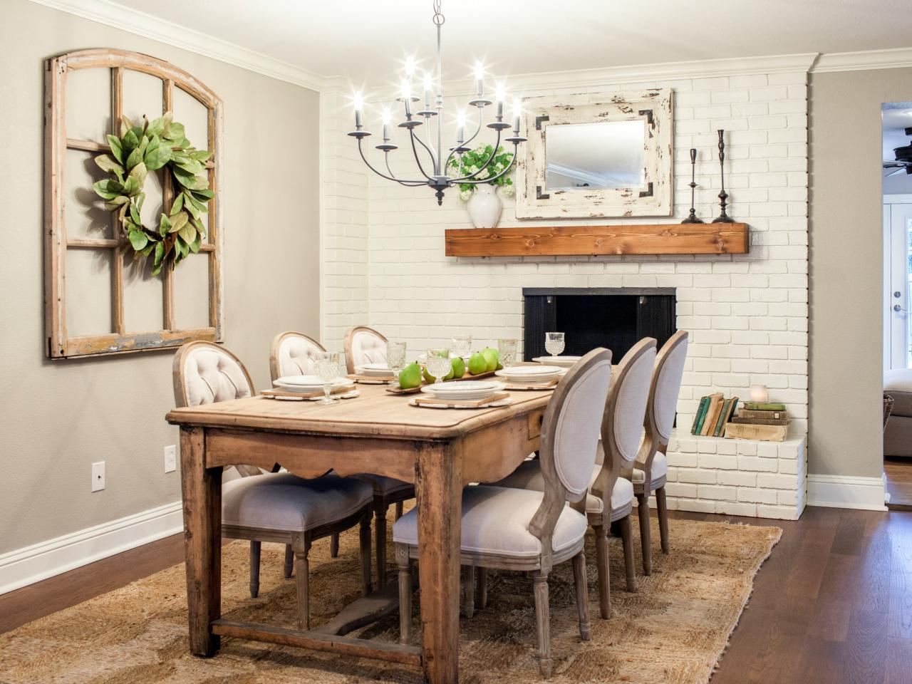 A Fixer Upper Dining Room & Magnolia Wreath | The Everyday Home