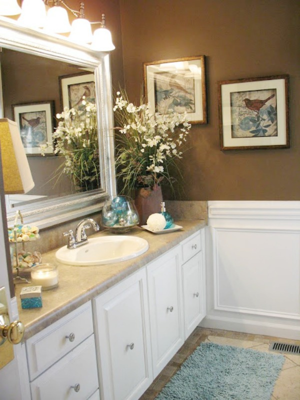 Guest Bathroom Makeover | The Everyday Home