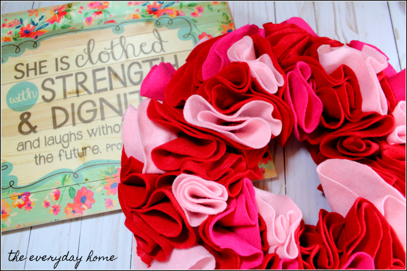 Homemade Valentine's Day Wreath Felt | the everyday home